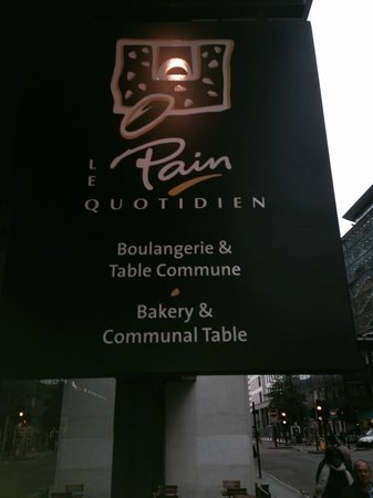 Le Pain Quotidien: brekkie bar from hell