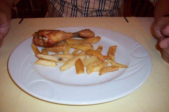 Sevi Classic Hotel : eten te koud en geen variatie