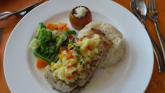Novotel Bandung : Meal 1