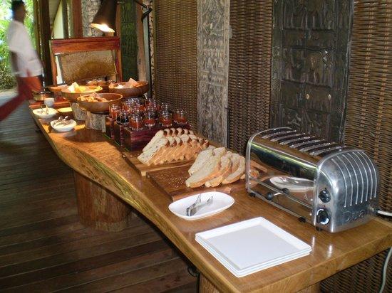 Cocoa Island by COMO: Buffet petit déjeuner
