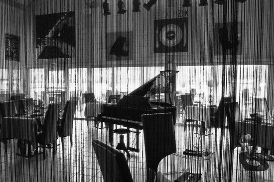 Cafe Zik: la salle