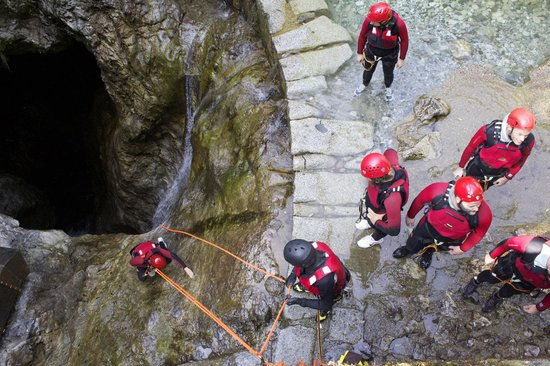 Mountain Live, canyoning in Trentino