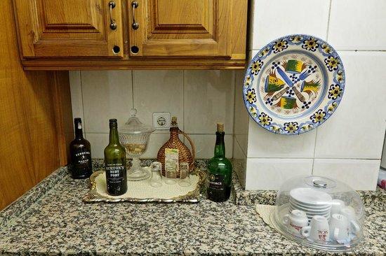 Braganca Oporto Hotel : Кухня для постояльцев
