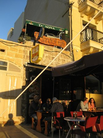 Ta Nona Bar: Outside of Ta Nona
