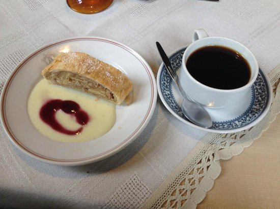 Glocke: Strudel & coffee