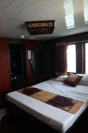 Darian Culbert : Premium cabin room - lush!