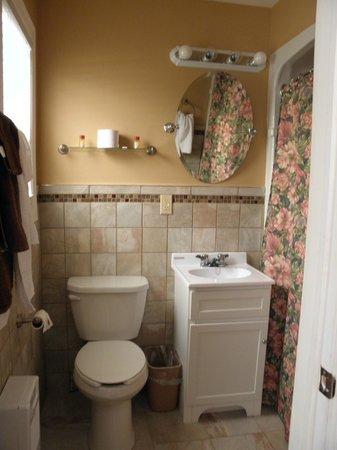 Moncton Scenic Motel: Room 2-WC