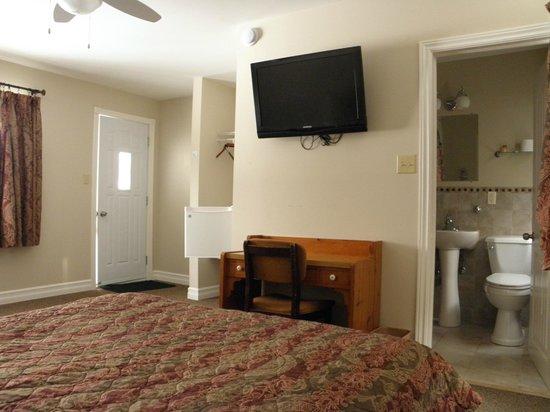 Moncton Scenic Motel: Room 1
