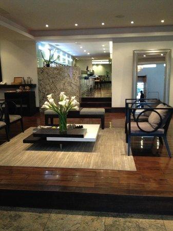 Le Parc Hotel: Lobby/Reception