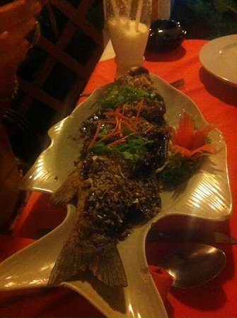 The Terrace: whole fish /w garlic and black pepper