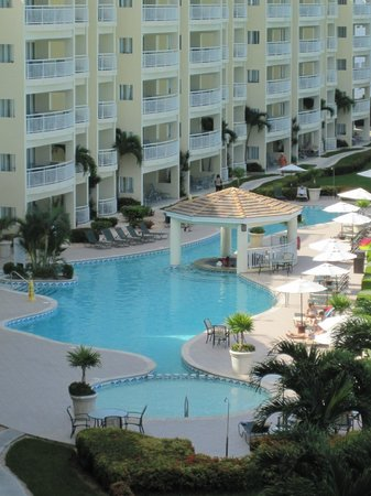 The Villas at Simpson Bay Resort & Marina: View from 512A balcony