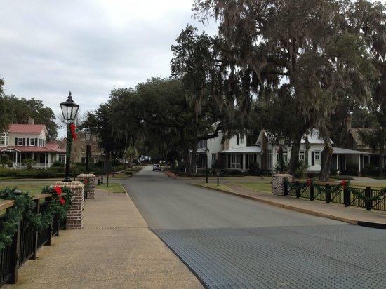 Montage Palmetto Bluff: Village Square