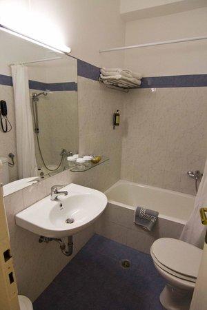 Pan Hotel: ванная