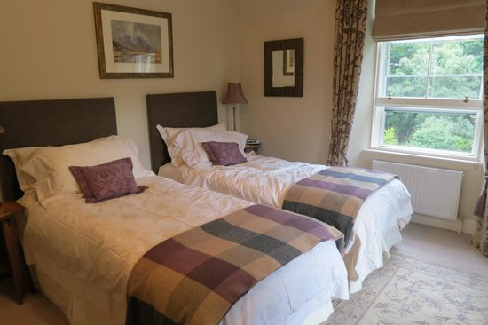 The Dulaig: our comfortable room