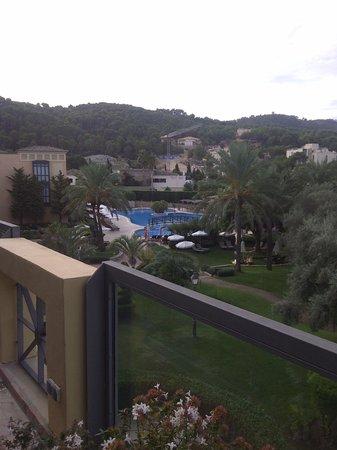 Steigenberger Golf & Spa Resort Camp de Mar: View from resto towards pool