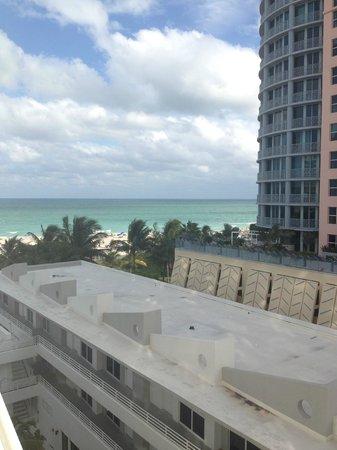 Royal Palm South Beach Miami, A Tribute Portfolio Resort: Vista desde la habitacion