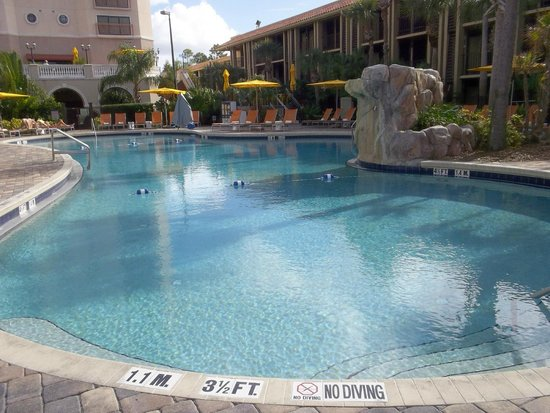 Doubletree by Hilton Orlando at SeaWorld : Main pool