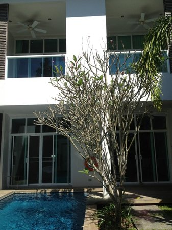 Two Villas Holiday Oxygen Style Bangtao Beach: villa