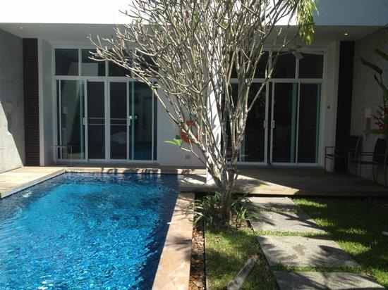 Two Villas Holiday Oxygen Style Bangtao Beach: pool