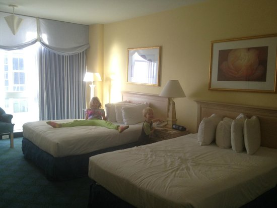 Miami Beach Resort and Spa: Gorgeous Room