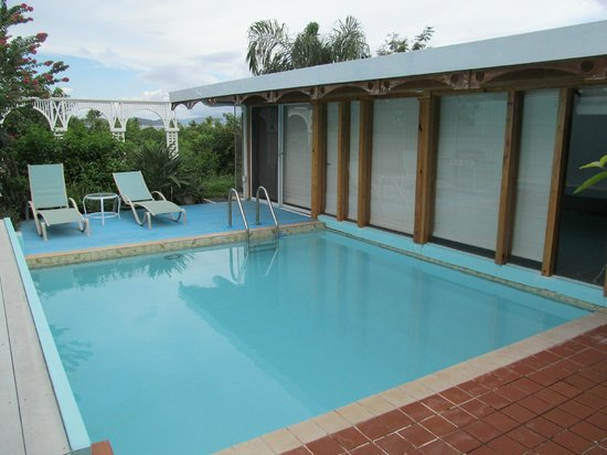 Pavilions and Pools Villa Hotel: Our own private pool off our bedroom