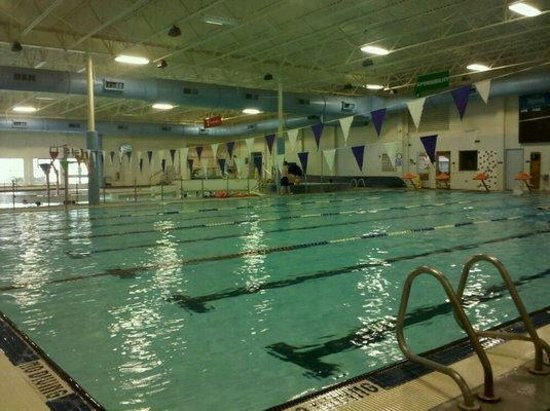 Hoquiam, WA: An actual picture for the GHYMCA.  Olympics sized pool and lazy river.