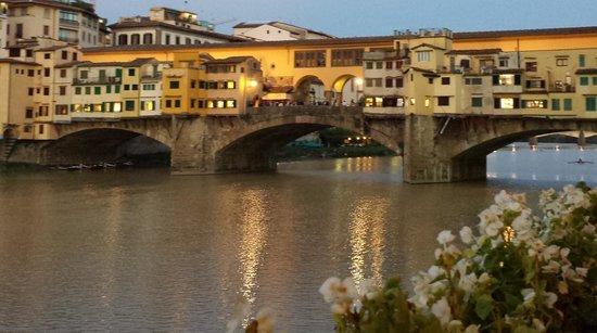 Hotel Lungarno : View of the Ponte Vecchio bridge from hotel bar