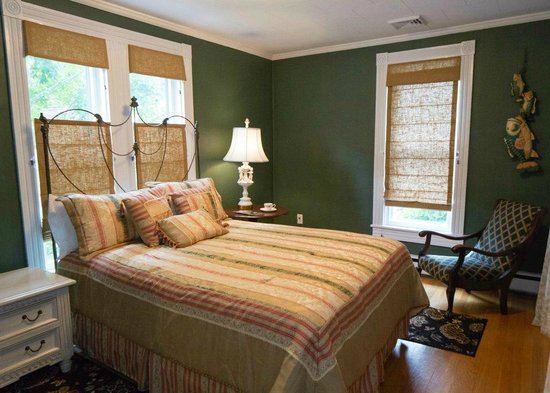The Guest House Inn on Courthouse Square: Parker Sarah Suite