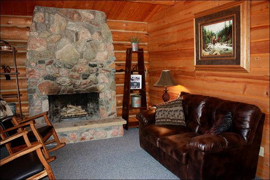 Rand Creek Ranch: Inside of Cabin 1