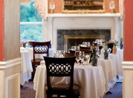 Dining Room at The Inn at Thorn Hill and Spa: Dining room