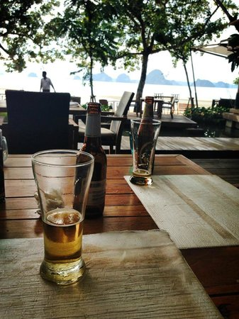 The Tubkaak Krabi Boutique Resort : Singha!