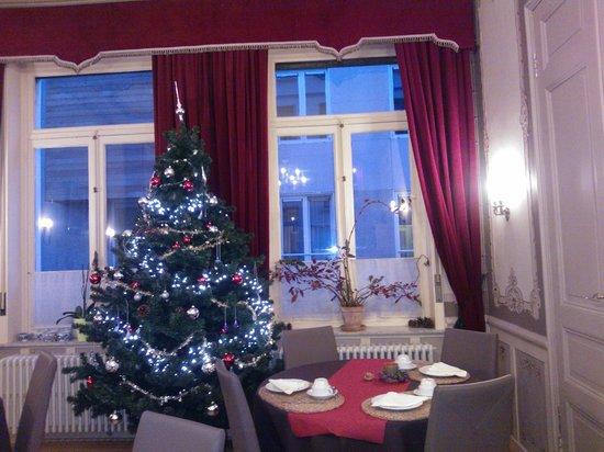 Hotel Van Eyck : Sala desayunos