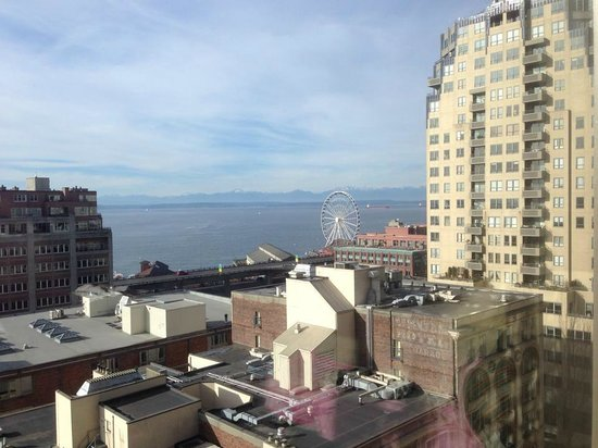 Loews Hotel 1000, Seattle: view from our 12th floor corner room