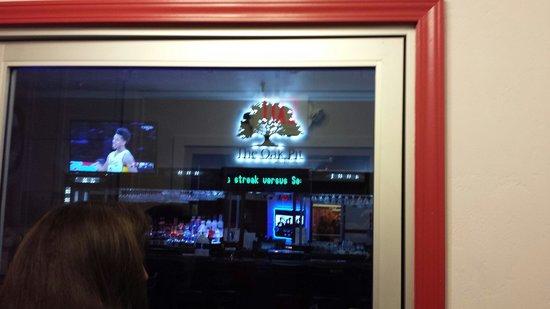 The Oak Pit Steakhouse: Entrance to bar area