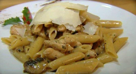 "Pastarella: ""penne ala mafia"""