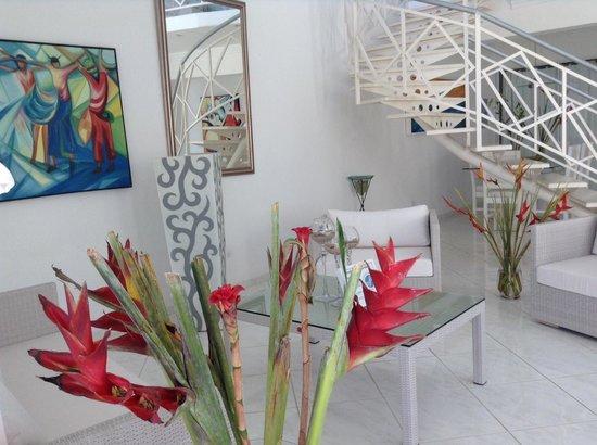 Casa Veintiuno : Beautiful Fresh Flowers everywhere!