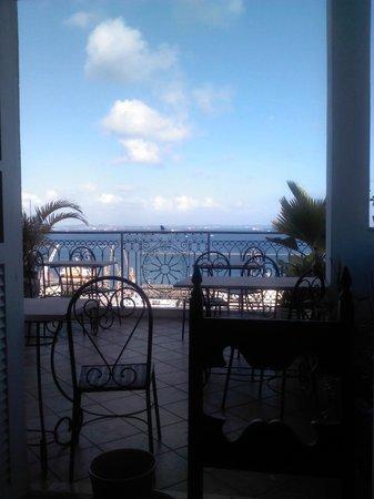 Pousada Casa Vila Bela: terrasse du petit déjeuner