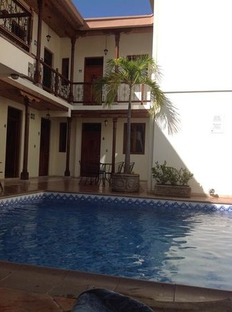 Hotel El Almirante: Nice pool.