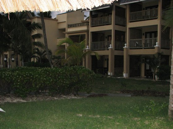 Jalsa Beach Hotel and Spa: View from resort mid ground