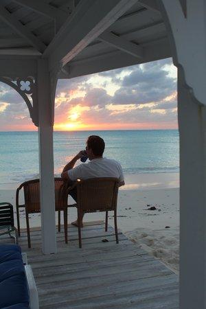 Cape Santa Maria Beach Resort & Villas: Gazebo in front of our room