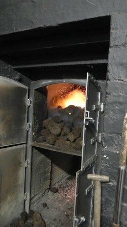 Laphroaig Distillery: Smoke