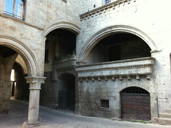 Viterbo Historic Centre: Rione San Pellegrino, scorcio