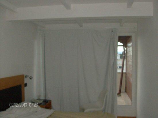 ARS Hotel: la tenda...il celofan...chiamatelo come volete