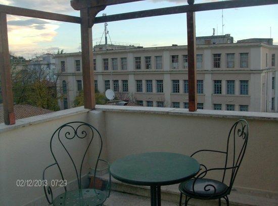 ARS Hotel: il terrazzo che si vede com'e messo