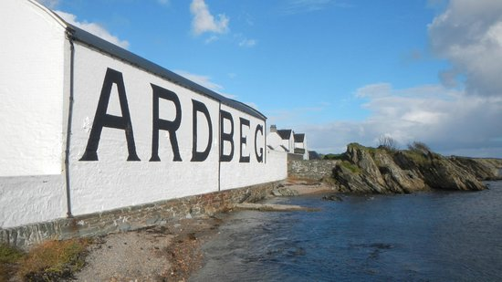Ardbeg Distillery: Ardbeg sea