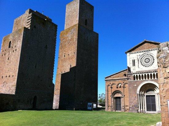 Church of San Pietro: San Pietro a Tuscania