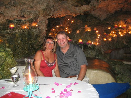 The Caves: Private Cave Dinner