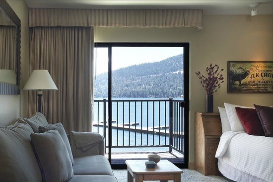 Donner Lake Village : Studio with Lakeview