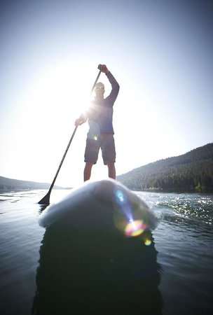 Donner Lake Village: Paddleboarding on Donner Lake