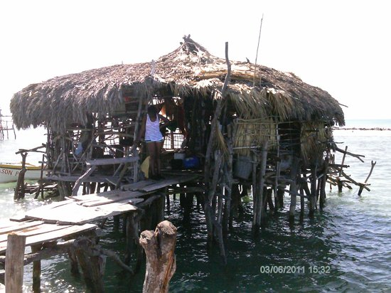 Dudley's Big Ship  Taxi ,Tours: Pelican Bar